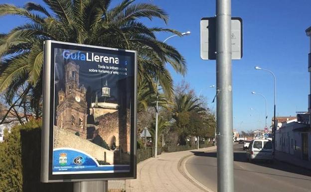 Nemain fabrica dos Mupis publicitarios para el ayuntamiento de Llerena